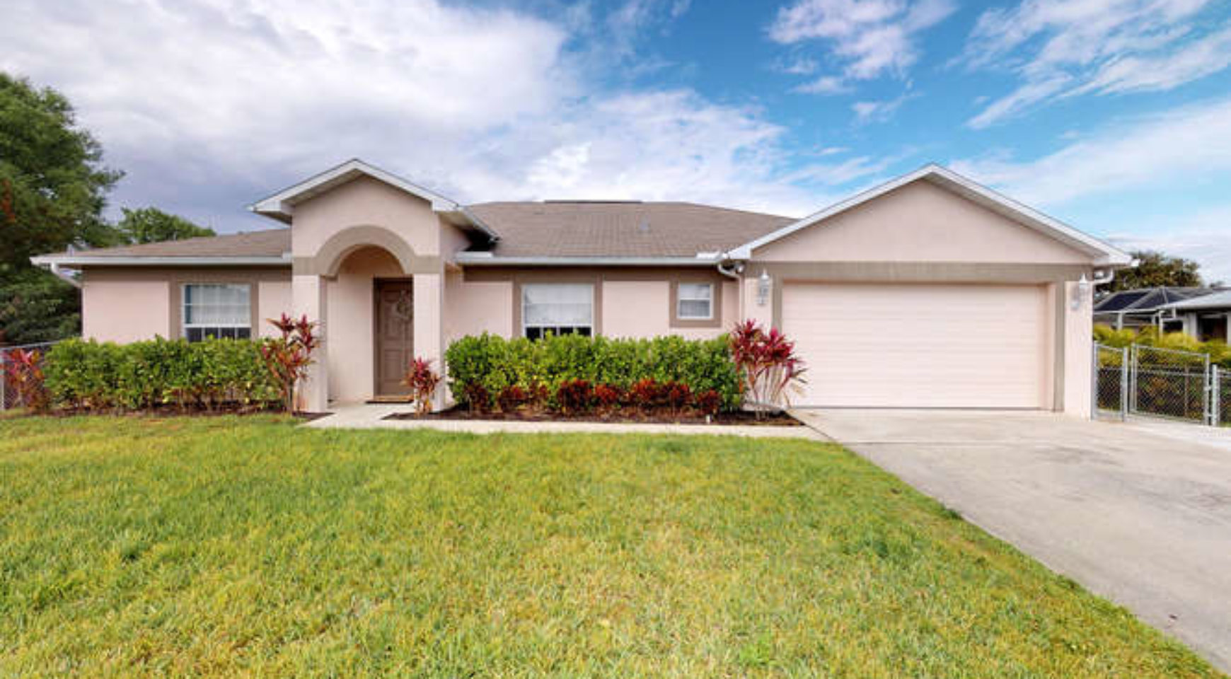 6531 Maytree Cir Fort Myers Fl 33905 Olde Florida